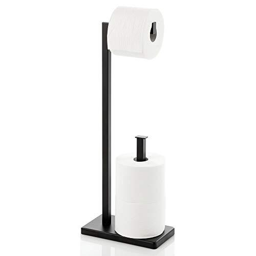 mDesign Portarrollos de pie – Moderno soporte de papel higiénico con espacio de almacenaje para 2 rollos de recambio – Elegante portarrollos de papel higiénico de metal – negro mate