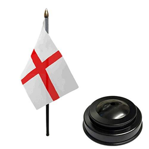 Flagmania Bandera de mesa de escritorio de St George (Inglaterra), 15 x 10 cm, con base plana de plástico negro