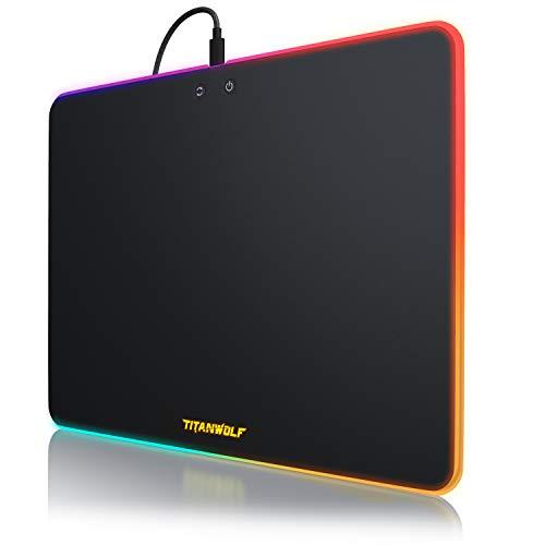 Titanwolf - Gaming Mauspad mit RGB Beleuchtung - 340 x 245 mm Neon Control - Kunststoffoberfläche - leuchtendes Mousepad - Regenbogeneffekte - Chromafarben - Tischunterlage - Chroma Mauspad LED