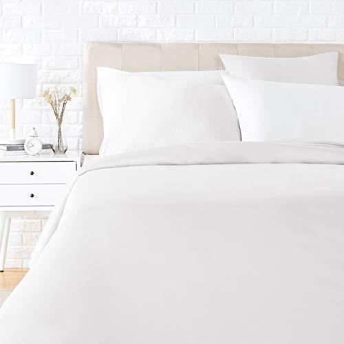 AmazonBasics - Juego de ropa de cama con funda de edredón, de satén, 155 x 220 cm / 80 x 80 cm x 2, Blanco