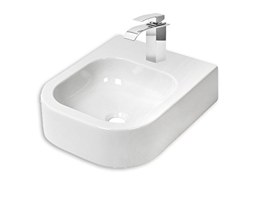 Design wastafel gastenbadkamer van Plieger