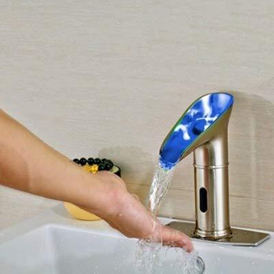 G0000D-Grifo Moderno Latón Sólido Led Sensor Cepillado Níquel Baño Vanidad Grifo Solo Agua Fría == {}