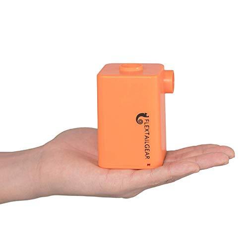 FLEXTAILGEAR - MAX PUMP PLUS 持ち歩けるエアポンプ 3600mAH電池内蔵 USB充電式 軽いエアポンプ 小型 電動ポンプ 速やかに空気入れ・空気抜く 浮き輪 インフレータブル玩具 エアマットなど対応(オレンジ)