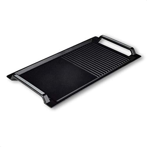ELAG Grillplatte für Induktion (aus Gusseisen – 43x23 cm Bratplatte & Grillaufsatz - für Plancha & Teppanyaki Kochen – mit Antihaft – kratzfester Untergrund – halb-gerippt und halb-glatt)