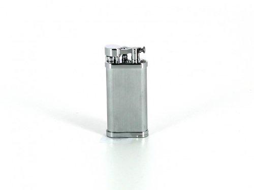 IM Corona Feuerzeug für Pfeifenraucher Old Boy Chrom satiniert mit Pfeifenstopfer