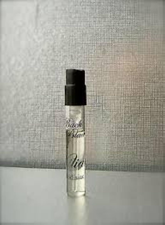 比べると闘う個性By Kilian Back to Black (バイ キリアン ? バックトゥーブラック) 1.5 ml サンプル EDP Spray
