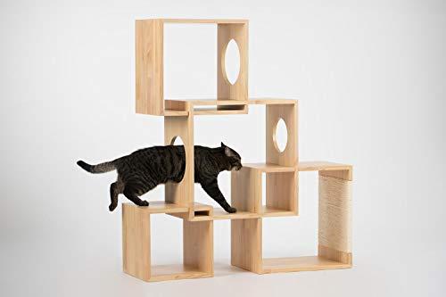 ボックスを組み合わせて作るキャットタワーは、使わない時はコンパクトに収納できます。ほぞ同士を組み合わせて組み立てるので、特別な工具も要らず様々なアレンジが楽しめます。