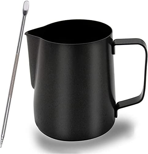Schwarzes Milchkännchen Edelstahl, 350 ml Espresso Kännchen mit Edelstahl-Pulverstreuer, Latte Art Stift und 16 Stücke Kaffee Cappuccino Schablonen, Handaufschäumkännchen für Milchaufschäumer
