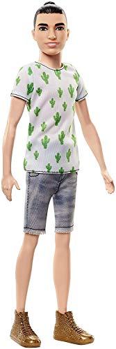 Mattel Barbie FJF74 Ken Fashionistas Puppe im Kaktus-Look und Manbun