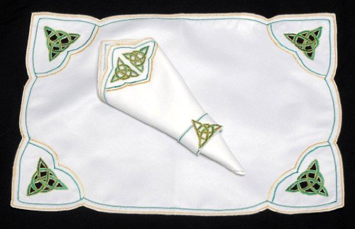 Spring Set of 4 Table Place Settings (4 Placemats/4 Napkins) in a Green Celtic Eternity Knot Design.