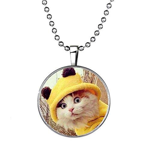 Winter's Secret Lovely Meow Cat Glow Pendant Creative Circle Elements of Animal Noctilucent Necklace