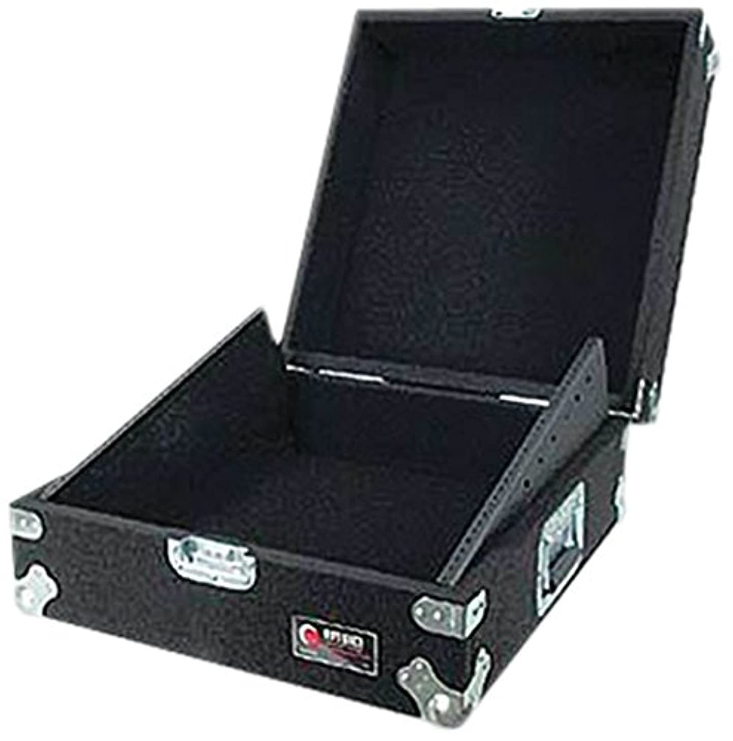 Odyssey CMX11P Carpeted 11 Space 19 Rack Mountable Mixer Case With Recessed Hardware