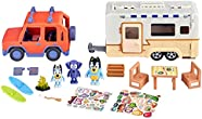 """Bluey Ultimate Caravan Adventures - Caravan Playset and Three 2.5-3"""" Figures & 4WD Family Vehicle with 2 Surfboards, Multicolor (13096)"""