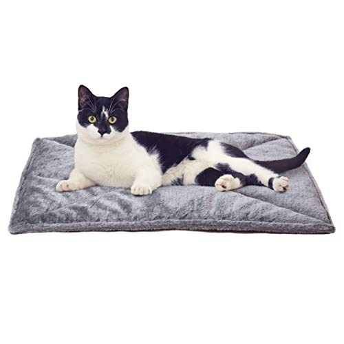 Furhaven Pet Cat Bed Heating Pad - ThermaNAP Quilted Faux Fur Insulated Thermal Self-Warming Pet Bed Pad for Dogs and Cats, Gray, Small