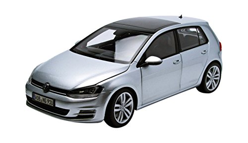 Modelo de Coche Escala 1:18 VW Golf 7 Color: Plata metálico, tungsteno Golf 7 en la de 4 Puertas