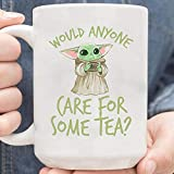 NA Baby The Yoda The Mandalorian The Child Mug, Baby The Yoda Christmas Mug, Yoda Would Anyone Care For Some Tea Taza de café