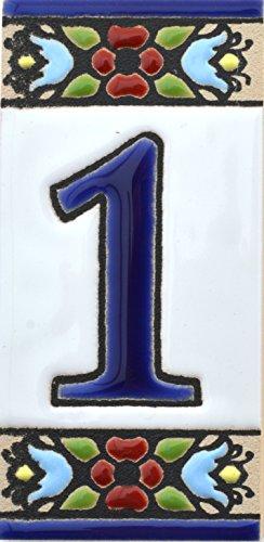 Hausnummer. Schilder mit Zahlen und Nummern auf Keramikkachel. Handgemalte Kordeltechnik fuer Schilder mit Namen, Adressen und Wegweisern. Design FLORES MINI 7,3 cm x 3,5 cm (Nummer EINS