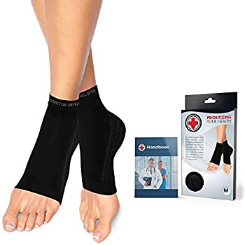 Doctor Developed Copper Foot Sleeves/Plantar Fasciitis Socks (Pair) and Doctor Written Handbook -Guaranteed Relief for Plantar Fasciitis, Heel Support & Ankle Conditions (Black, M)