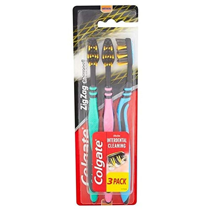 レコーダー重々しい聖歌[Colgate ] パック当たりコルゲートジグザグ木炭黒媒体歯ブラシ3 - Colgate ZigZag Charcoal Black Medium Toothbrush 3 per pack [並行輸入品]