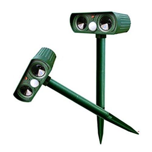OUGUAN 動物撃退器 超音波 ソーラー式 LEDライト 電池要りません 2個セット 簡単設置 猫 犬 ネズミ キツネ 鳥 スズメ 鳩 撃退 野生動物対策器