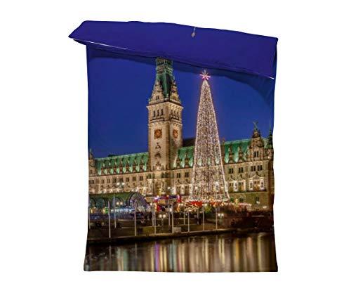 fotobar!style Bettbezug 135 x 200 cm Hamburger Rathaus mit großer LED-Tanne