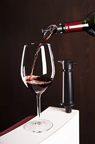 Vacu Vin Weinpumpe mit Ausgießer und Verschluß, Kunststoff, Schwarz, 5 x 8.3 x 22 cm
