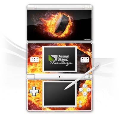 DeinDesign Skin kompatibel mit Nintendo DS Lite Aufkleber Sticker Folie Eishockey Flammen Slapshot