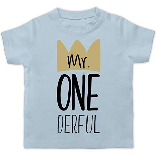 Baby Geburtstag Geburtstagsgeschenk - Mr One Derful - 12/18 Monate - Babyblau - mrs one Derful - BZ02 - Baby T-Shirt Kurzarm
