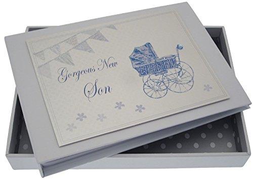 White Cotton Cards fils Tiny Album (Bleu Landau et fanions)