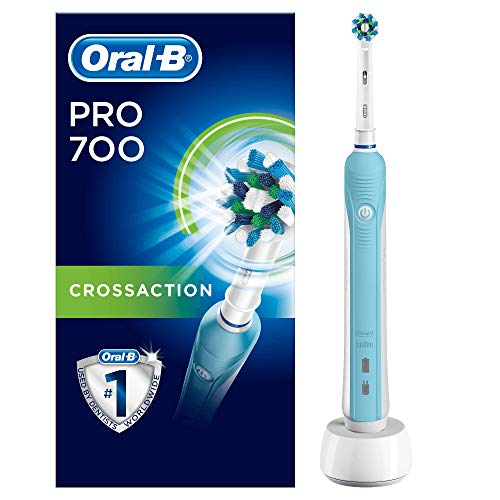 Oral-B PRO 700 CrossAction - Cepillo de dientes eléctrico recargable, con tecnología Braun