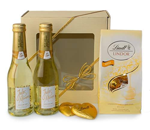 """Geschenkset""""Jules Mumm gold"""" mit Vollmilchschokoladeherzen und weißen Lindorkugeln"""