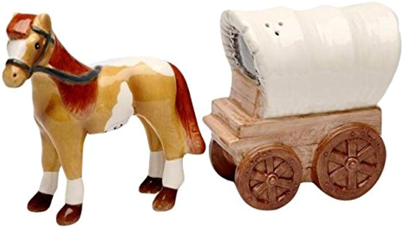 Cg 20702 3 Stallion Covered Wagon Matching Salt Pepper Shakers