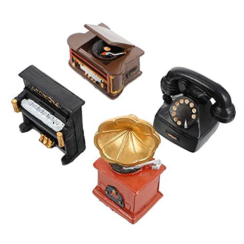 BESPORTBLE 4Pcs Antico Mini Elettrodomestico in Resina in Miniatura Retro Macchina Fotografica di Pianoforte Telefono Fonografo Figurine Micro Paesaggio Craft Fata Garden Decor