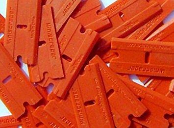 Plastic Razor Scraper Blades (4 Pack)