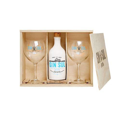 Gin Sul Geschenkset – edle Holzbox, 1x Gin Sul und 2x Copa-Glas, destilliert und abgefüllt in Hamburg, Geschenkbox