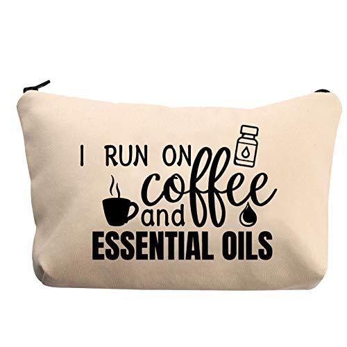 Bolsa de aceites esenciales de PYOUL, accesorios para aceites esenciales, con texto en inglés 'I Run on Coffee and Essential Oils