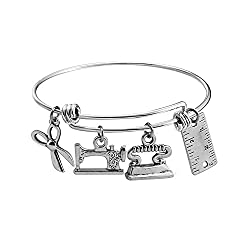 Gifts-for-Quilters-Charm-Bracelet