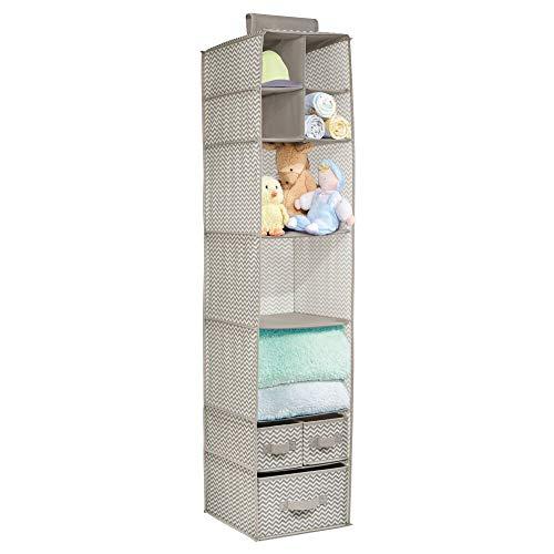 mDesign Colgador de tela – Perfecto organizador de tela para el cuarto de los peques o como zapatero de tela – Con 7 compartimentos y tres cajones – Color: topo natural