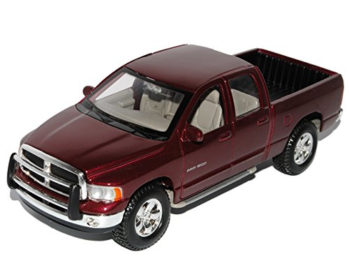 Maisto Dodge Ram Quad Cab Rot Pick-up 2002-2009 1/24 Modell Auto mit individiuellem Wunschkennzeichen