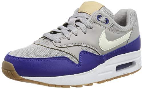 Nike Air Max 1 (GS), Chaussures de Fitness Homme, Multicolore (Atmosphere Grey/Sail/Deep Royal Blue 010), 36.5 EU