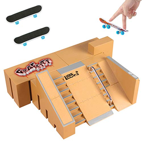 QNFY 5PCS Skatepark Kit Rampenteile für Tech Deck Fingerboard Mini Finger Skateboard Griffbretter Ultimative Parks mit 2 Fingerskateboards