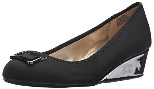 Bandolino Footwear Women's Tad Pump, Black, 9