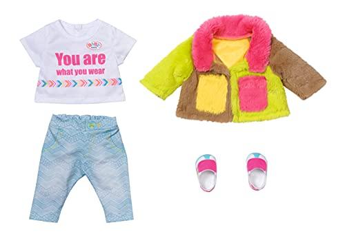BABY born 830154 Deluxe kolor 43 cm - dla małych dzieci w wieku 3 lat i w górę - łatwe do użycia w małych rękach - w zestawie płaszcz, koszula, spodnie i buty