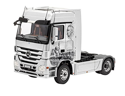 Revell 07425 Mercedes-Benz Actros MP3 (1:24 Scale)