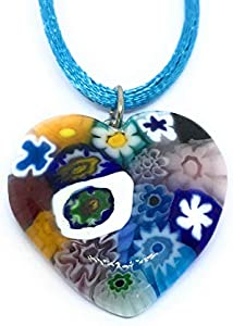 Colgante de cristal de Murano con forma de corazón de cristal de Murano, 2,7 x 2,5 cm, incluye caja de regalo y certificado de autenticidad.