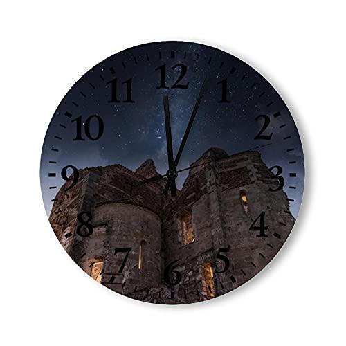 Reloj de pared de madera rústico con pilas vintage de 15 pulgadas, el antiguo castillo bajo el cielo nocturno relojes decorativos de madera para paredes, granja para dormitorio, baño, sala de estar