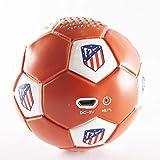 Speaker- Altavoz Bluetooh. Forma y tacto de balón. Producto oficial Atlético de Madrid. Posibilidad sonido estéreo conectando dos altavoces.