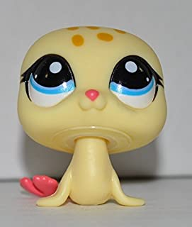 Littlest Pet Shop Seal #1561 (Yellow, Pink Fins, Blue Eyes) (Retired) Collector Toy - LPS Collectible Replacement Single Figure - Loose (OOP Out of Package & Print)