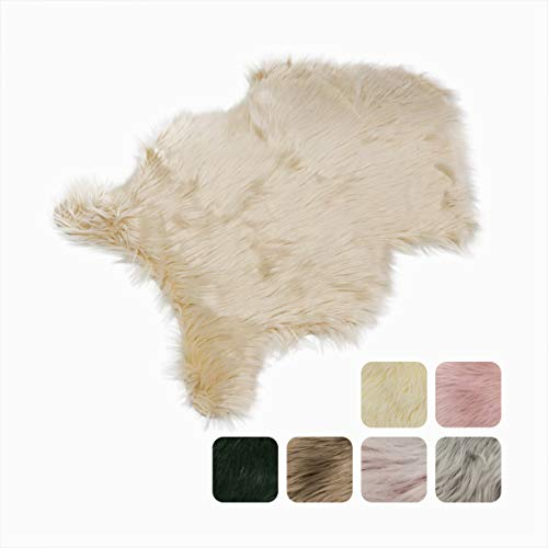 Furryvalley Alfombra ecológica de piel de cordero sintética de imitación de piel de oveja para la cama, sofá, salón, dormitorio, habitación de los niños, color crema - 60 x 80 cm