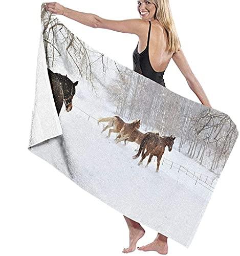 Telo Mare Grande 130 ×80cm, Cavalli invernali nella foresta innevata,Asciugamano da Spiaggia in Microfibra Asciugatura Rapida,Ultra Morbido,Uomo,Donna,Bambina